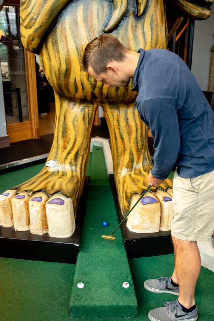 Flatstick Pub Seattle Mini Golf