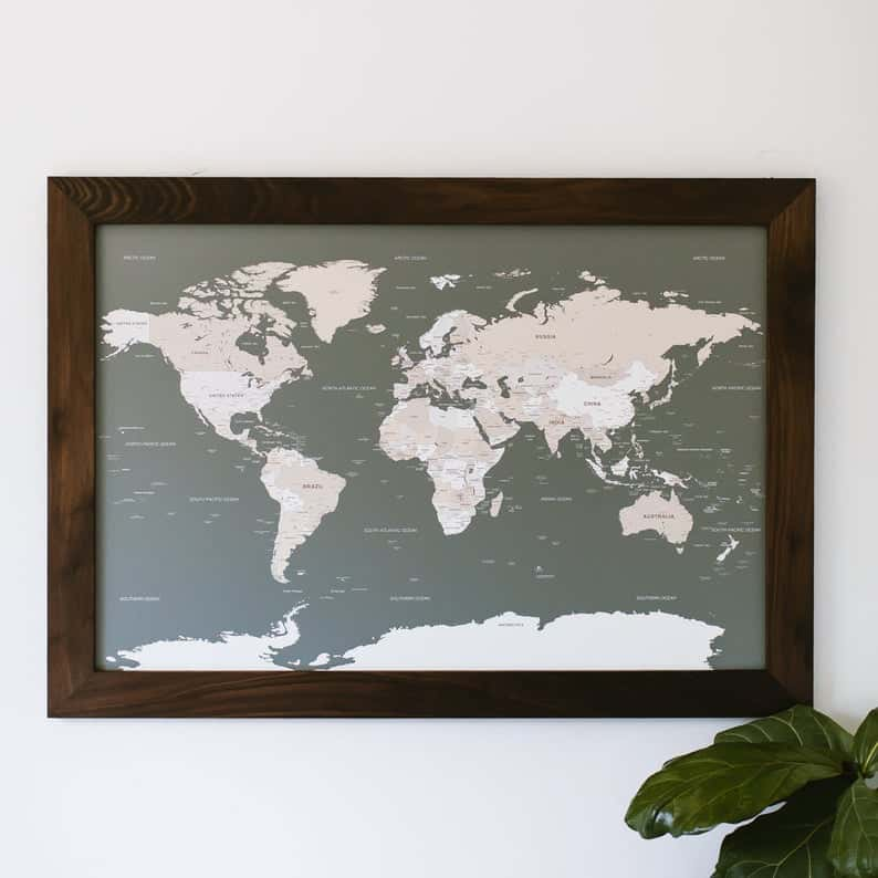 Push pin map, best gifts for travelers