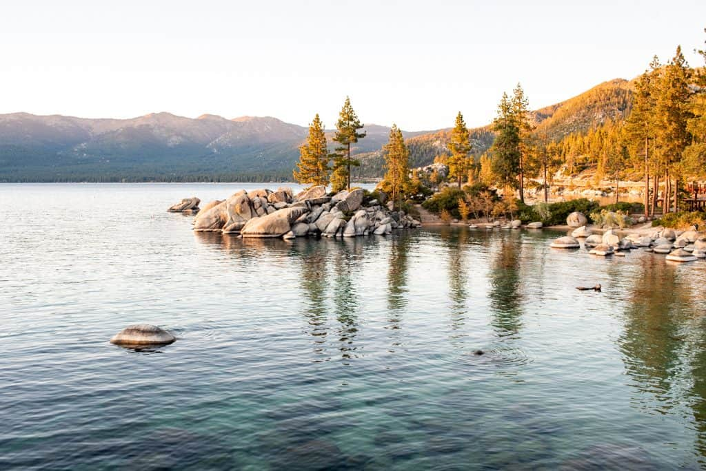 3 Days in Lake Tahoe, The best things to do in Lake Tahoe, Lake Tahoe activities, Things to do in South Lake Tahoe, Things to do in North Lake Tahoe, Where to eat in Lake Tahoe, Best coffee shops Lake Tahoe, When to visit Lake Tahoe, Must-visit Lake Tahoe sights, Lake Tahoe sights, Best hikes in Lake Tahoe, Best beaches in Lake Tahoe, Where to go in Lake Tahoe, Where to stay in Lake Tahoe, Best food in Lake Tahoe