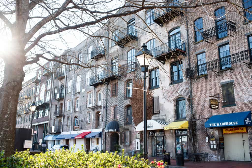One Day in Savannah: Where to stay in Savannah, Things to do in Savannah, Savannah Things to do, Savannah Georgia, Where to eat in Savannah, Savannah Food, Best Food in Savannah, What to do in Savannah, When to visit Savannah, Best time to visit Savannah, Savannah Itinerary, Savannah One Day Itinerary
