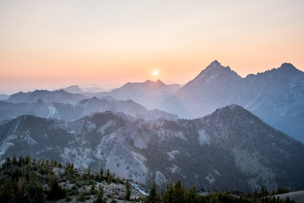 Our Favorite Hikes in Washington (38 of the BEST trails!)