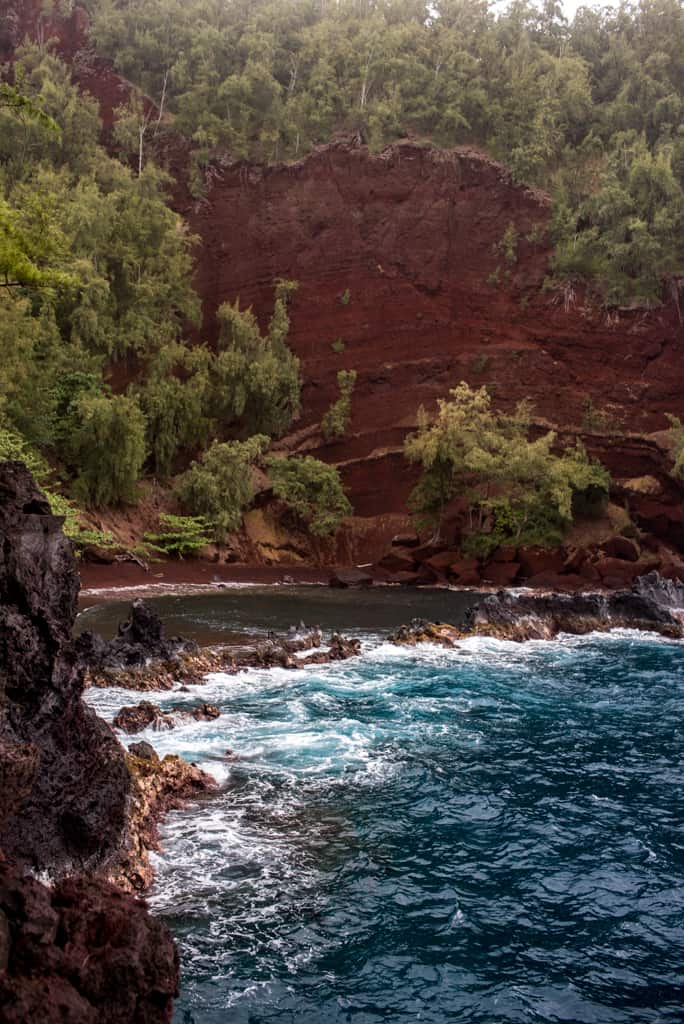 Road to Hana Guide, Driving the Road to Hana, Best stops on the Road to hana, Best Beaches on Maui Hawaii, Maui Beaches
