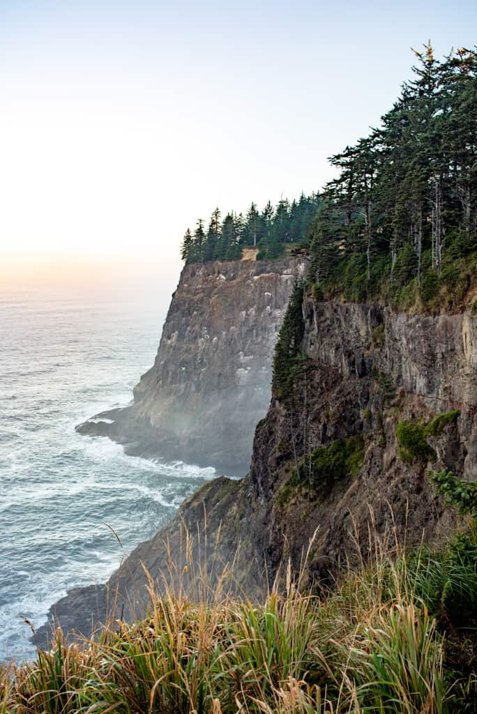 Weekend on the Oregon Coast, Things to do in Cannon Beach, Weekend in Cannon Beach, Things to do on Oregon Coast, Where to stay in Cannon Beach, Where to eat in Cannon Beach, Cannon Beach Hikes, Cannon Beach Oregon, Oregon Coast hikes