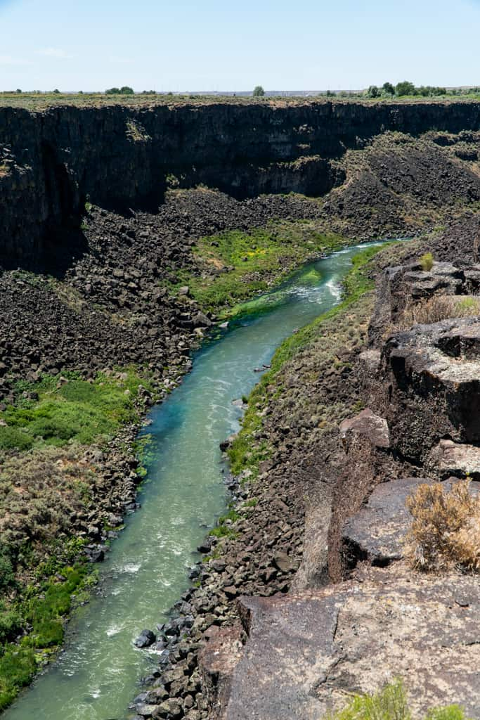 Best Waterfalls in Twin Falls, Best Waterfalls in Southern Idaho, Southern Idaho, Things to do in Twin Falls Idaho, Things to do in Twin Falls, What to do in Twin Falls, What to do in Twin Falls Idaho, Twin Falls Waterfalls, Shoshone Falls, Perrine Coulee Falls, Visiting Southern Idaho
