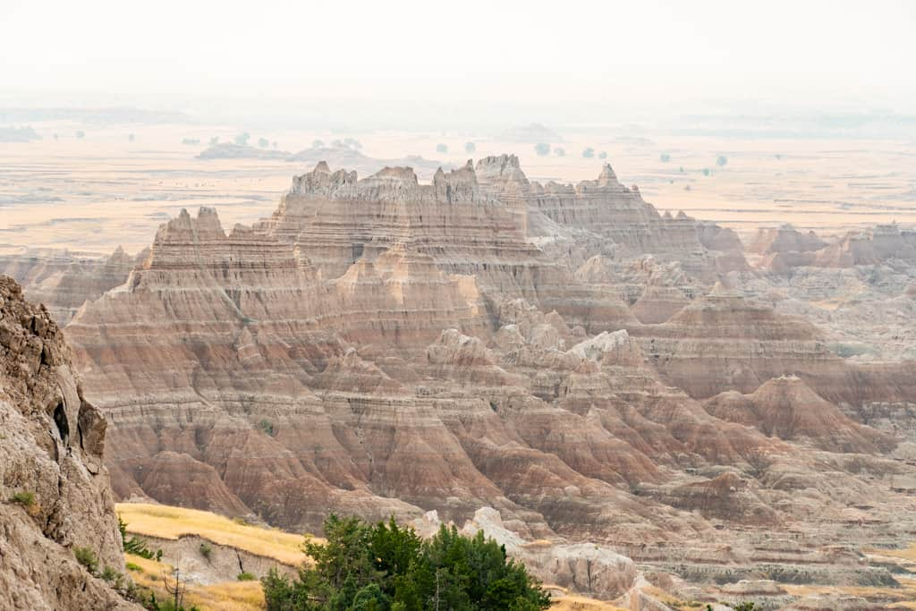 The Best Things to do in Badlands National Park | Where to stay in Badlands National Park, Badlands National Park Lodging, Hiking at Badlands National Park, The best trails at Badlands National Park, What to do at Badlands National Park, Badlands National Park itinerary, Hiking the Notch Trail at Badlands National Park, Door and Window Trail Badlands National Park, Badlands Loop Road, Best Overlooks at Badlands National Park, Seeing wildlife at Badlands National Park, Camping at Badlands National Park, One day in Badlands National Park