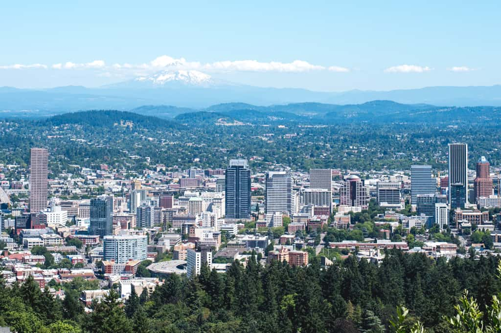 A weekend in Portland Oregon   Portland Oregon itinerary   Portland Guide   Things to do in Portland   Best food Portland   Where to eat Portland   Columbia River Gorge   Portland hikes   Where to stay in Portland   Portland Things to Do   Portland Food