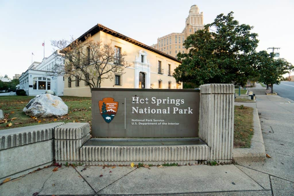 Things to do in Hot Springs National Park, Where to stay in Hot Springs National Park, Things to do in Hot Springs Arkansas, When to visit Hot Springs National Park, What to do in Hot Springs National Park, Visiting Hot Springs Arkansas, Hikes in Hot Springs National Park, Bathhouse Row Hot Springs National Park, Soaking at Hot Springs National Park